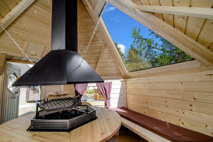 9.2 grill cabin with glass roof3