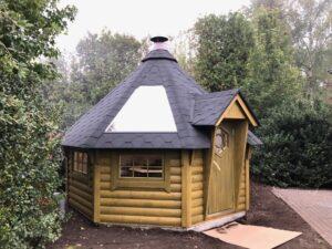 Finse Kota opbouw tuinhuis